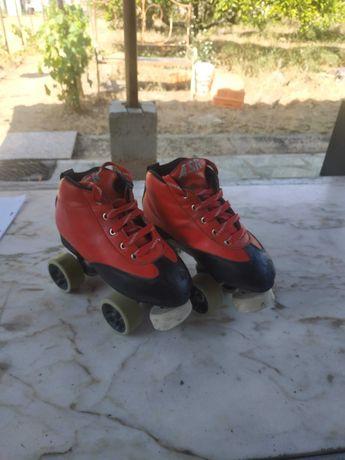 Vendo patins hoquei n37 com 1 ano de uso