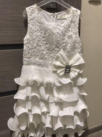 Новогоднее праздничное нарядное платье Deloras 140