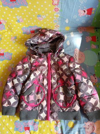 Фирменная курточка на 3-5 лет