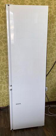 Встраиваемый холодильник Electrolux Santo N81840-5i (Б/У)