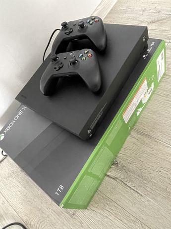 Xbox One  X 1TB 2 pady - super stan