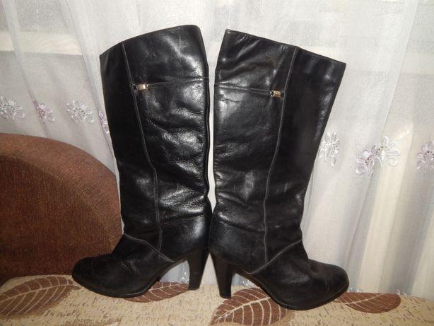Продам женские кожаные зимние сапожки
