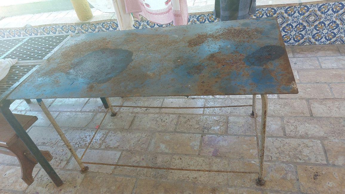 Bancadas mesa  em ferro