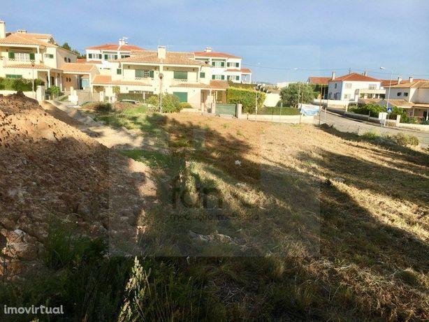 Terreno urbano em Pinhal de Frades – Ericeira
