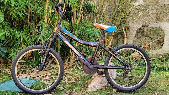 Bicicleta p/ criança (roda 20)