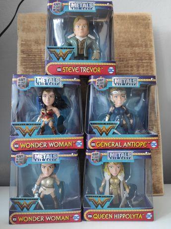 Figurki kolekcjonerskie Wonder Women