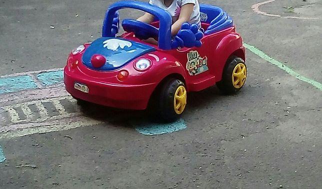 Машина електромобиль