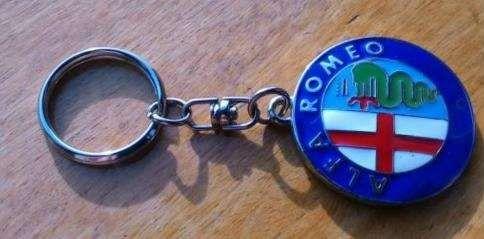 Porta chaves alfa romeo em metal