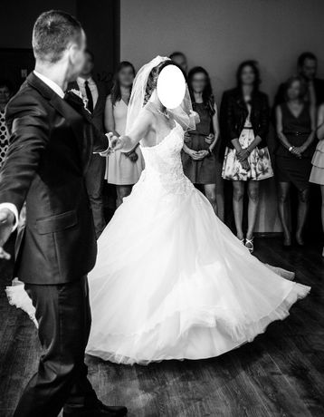 Suknia ślubna Agnes 15055