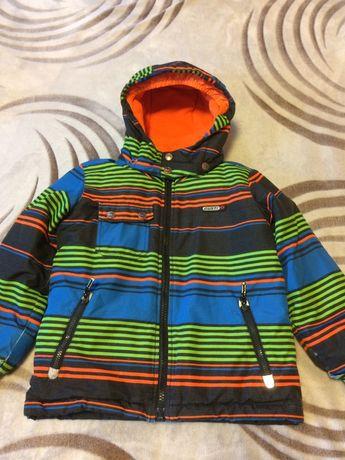 Зимний костюм Gusti на 5-6 лет