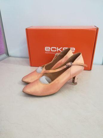 Туфли стандарт Eckse Размер 21,5