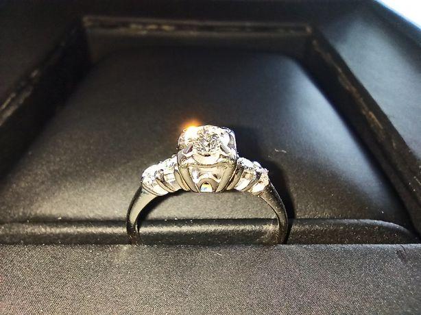 Кольцо из белого с золота с бриллиантами 585 проба (обручальное)