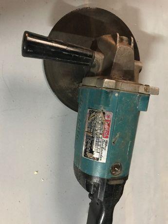 Rebarbadora Makita Modelo 9607HB