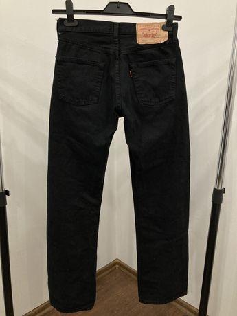 Чёрные джинсы Levi's 501