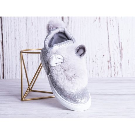 Buty dziewczęce z uszami