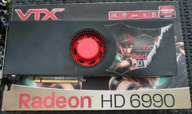 Karta grafiki ATI Radeon HD 6990 z 2 procesorami !