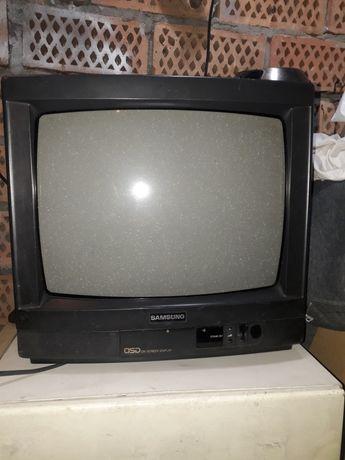 "Retro TV Samsung 14"" CK-3351A + pilot. PS1 PS2 Commodore Amiga"