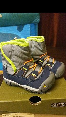 Утепленные и легчайшие ботинки KEEN. Состояние новых