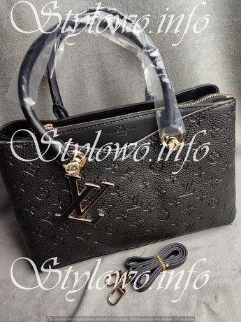 Torba czarna Louis Vuitton tłoczona kuferek torebka