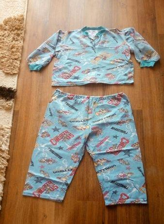 Теплая пижама на мальчика 4-5 лет.