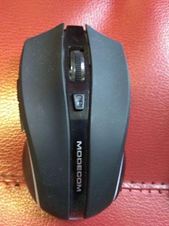 Продам Беспроводную мышь со встроенным аккумулятором