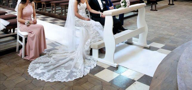 Suknia ślubna Essense of Australia rybka koronka długi tren welon