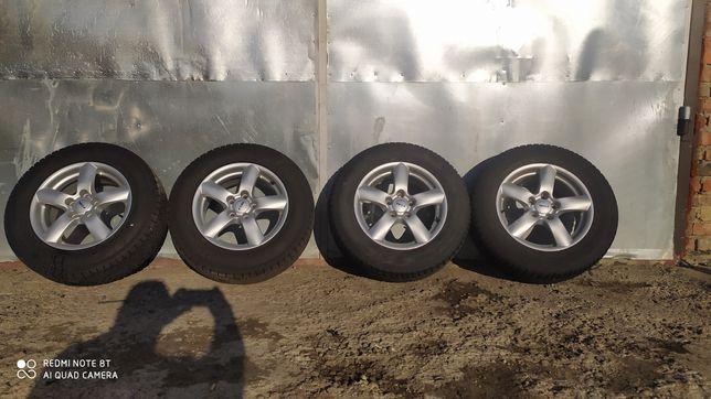 Продам колеса з гумою r16 215/65 5*114 et42