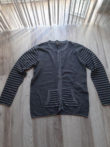 Rozpinany sweter w paski