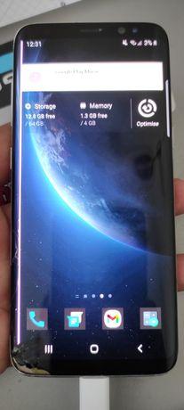 Разбитый Samsung Galaxy S8