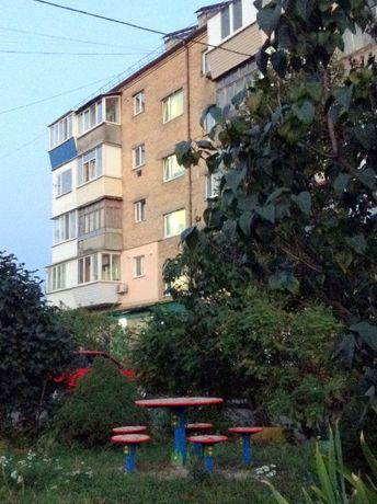 Срочно родам уютную квартиру в Святопетровском.