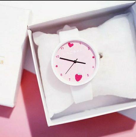 Годинник жіночий