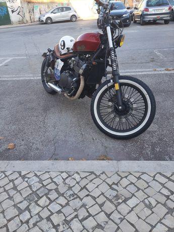 Bobber Kawasaki EN500 Única