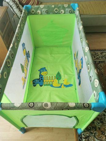 Łóżeczko turystyczne dla dziecka duże - jak  nowe