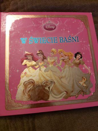 W. Świecie baśni Disney /Księżniczki