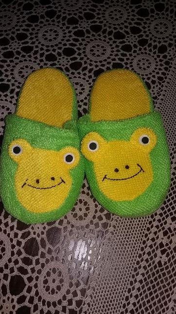 Тапочки жабки для хлопчика або дівчинки
