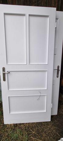 Sprzedam drzwi drewniane