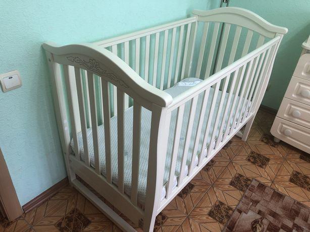 Комплект набор детской мебели кроватка комод матрас