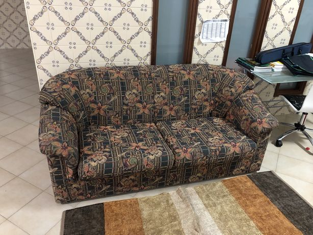 Conjunto de 3 sofás - 1 sofá-cama 2 cadeirões