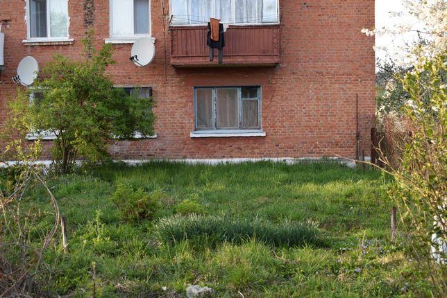 Трех-комнатная квартира в Коростенском р-не, с.Грозино