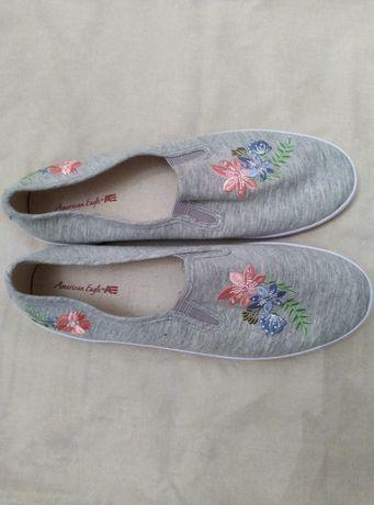 Жіноче взуття з америки