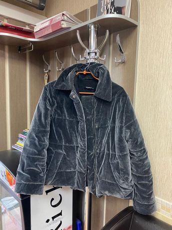 Женская велюровая куртка