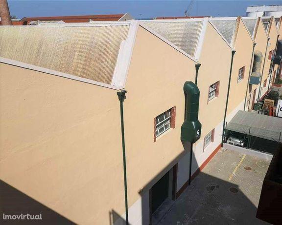 Investimento Imobiliário Lisboa | Yield de 7,6% | Com Arrendatário