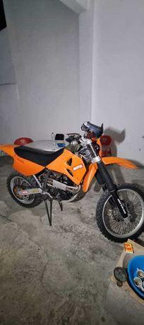 Vendo KTM 620CC a 4 tempos