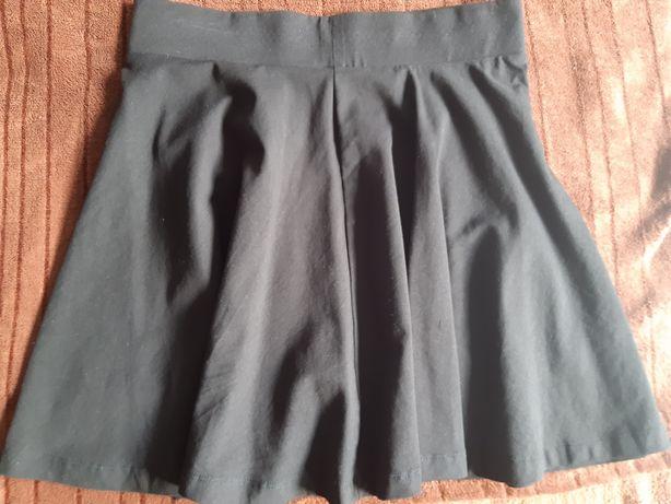 Spódniczka rozkloszowana czarna H&M divided jak nowa 36