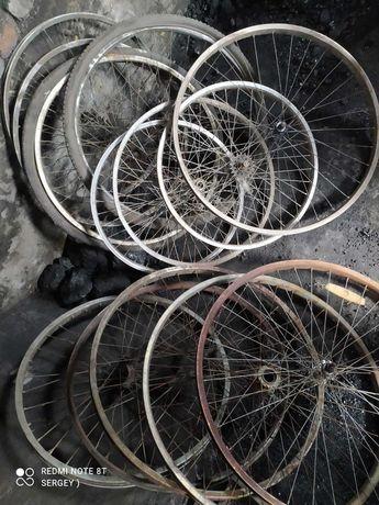 Обод и колеса на велосипед