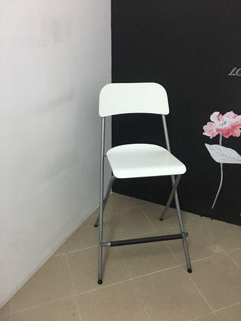 Cadeira alta IKEA dobrável