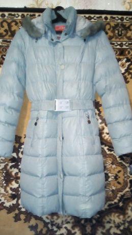 Куртка жіноча зимова б)у стан нової.