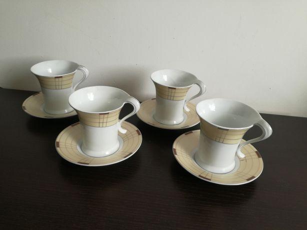 Filiżanki i spodki do kawy (komplet dla czterech osób)