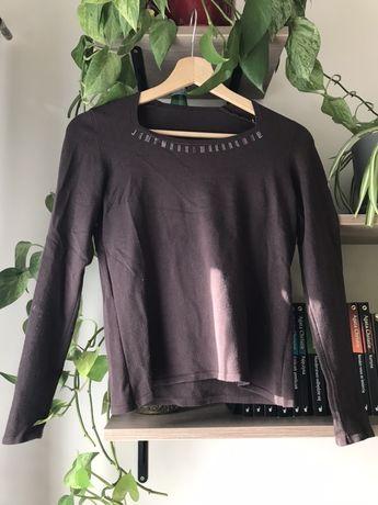 Brązowy sweter z ozdobnym dekoltem S/M