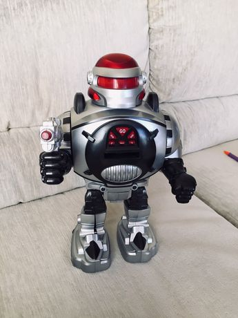 Robot na baterie - zabawka dla dziecka